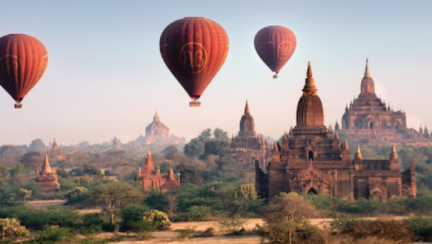 Balloons over Bagan '16