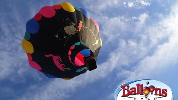 Balloons over Mount Vernon
