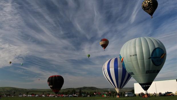 Magia baloanelor - hot air balloon festival