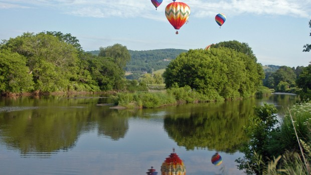 Quechee Hot Air Balloon, Craft and Music Festival