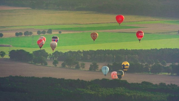 Over 27 years of ballooning history